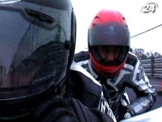 Гонки на мотоциклах с колясками - занятие не для слабонервных