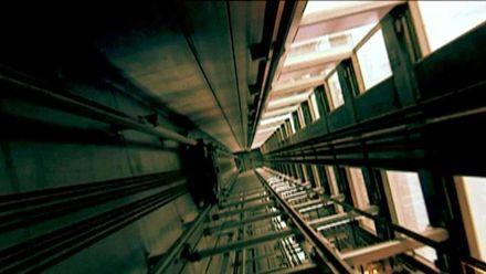 Мужчина после 3 дней плена в лифте рассказал, как не сойти с ума