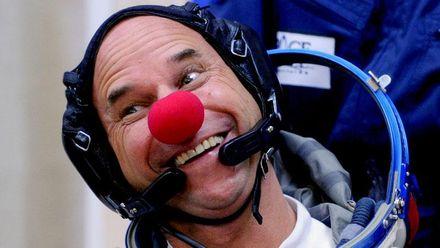 Как обычный клоун превратился в самого богатого шоумена в мире