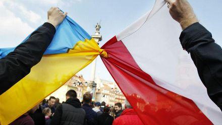 Как ценят собственную независимость в Украине и Польше