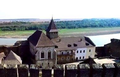 Від жорстоких битв до зйомок кіно: історія Хотинської фортеці