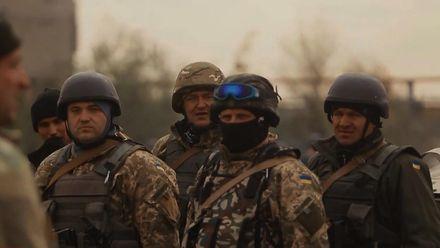 Техніка війни. Чому телефон на війні є небезпечним. Чим Путін буде боротися з власним народом
