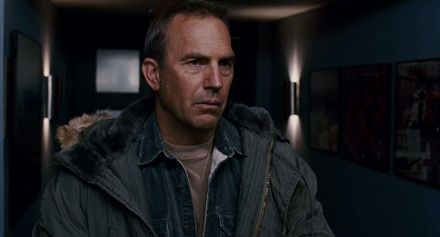 """Фільм дня. """"Рятівник"""" – американська драма про рятувальника-аса, який тренує новобранців"""