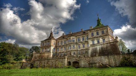 Подгорецкий замок – дворец, который сочетает красоту и мистику