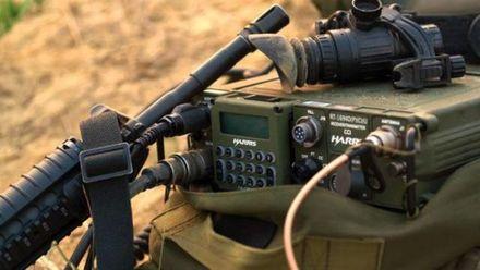 """Техніка війни. Як змінилися засоби зв'язку з початку війни. Чим вражає бронеавтомобіль """"Варта"""""""