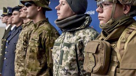 Техніка війни. Модернізація військової форми. Унікальні серветки для чищення зброї