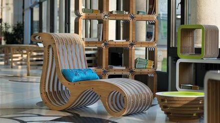 Как киевляне делают необычную мебель из картона