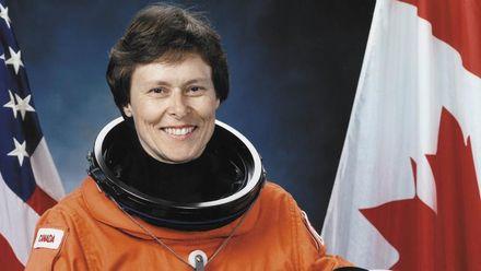 Історія дослідниці з українським корінням, яка стала першою астронавткою Канади