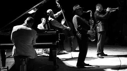 Jazz. Музика вільних: як легендарний музичний напрям підкорив світ