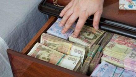 Откуда получают финансирование украинские политические партии