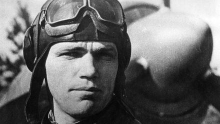 Іван Кожедуб – героїчний пілот, який перетворив свою мрію на покликання
