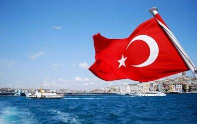 Відтепер до Туреччини українці можуть їздити без закордонного паспорта