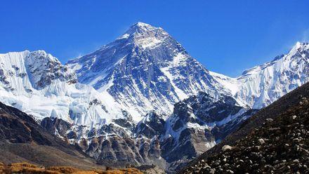 Эверест – вызов для сильных духом