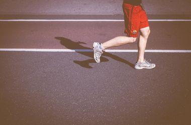 О каком упражнении стоит забыть, если у вас больное сердце: кардиологи объяснили