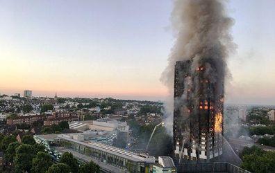 У Лондоні вкотре зросла кількість жертв пожежі у багатоповерхівці, тіла досі не можуть опізнати
