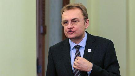 Садовий опублікував ультиматум центральної влади щодо сміття у Львові
