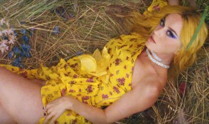 Calvin Harris выпустил новый позитивный клип с Кэти Перри и Фарреллом Уильямсом