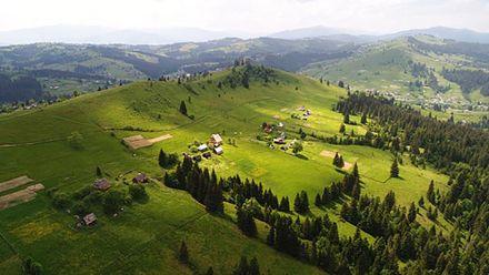 Краще за Австрію та Швейцарію: пейзаж у Карпатах закохує мережу