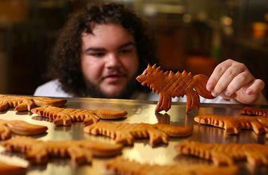 """Гарячий Пиріжок з """"Гри престолів"""" відкрив власну пекарню в реальному житті: фото"""
