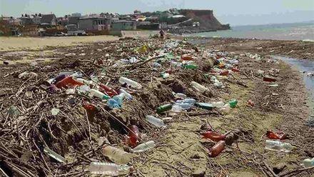 Почему отдыхающие не едут на пляжи аннексированного Крыма