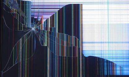 Motorola запатентувала технологію, яка самостійно лікує дрібні тріщини на екрані