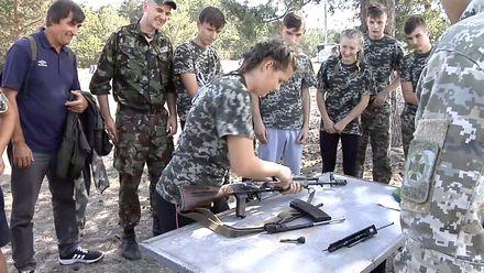 На день школярі стали прикордонниками на Черкащині