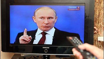 На адміністративному кордоні з Кримом активно діє російська пропаганда