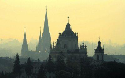 Як Львів перетворює занедбані заводи на центри розвитку та інвестицій