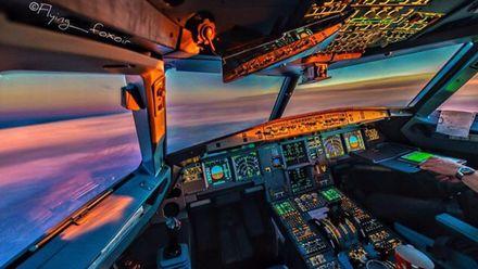 Как выглядит небо из кабины пилота: фото, от которых захватывает дух