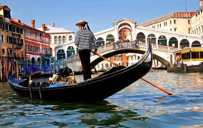 """Мер Венеції назвав """"скнарами"""" туристів, які скаржаться на високі ціни"""