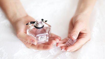 Як правильно користуватись парфумами і зберегти їхній вміст надовго