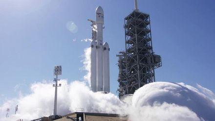 SpaceX здійснила успішне випробування ракети Falcon Heavy: опубліковано відео