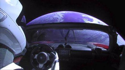 SpaceX запустила Falcon Heavy: Маск показав, що видно зсередини ракети