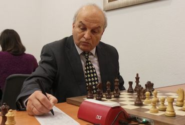 Легендарний шахіст – про  Україну з людським обличчям, відданого Іванчука і монополію Ахметова