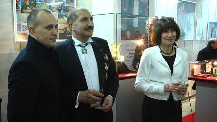 Во Львове проходит удивительная выставка работ с драгоценных камней