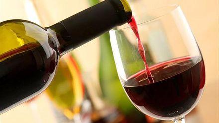 Людство може повністю відмовитись від алкоголю в майбутньому: вчені назвали причину