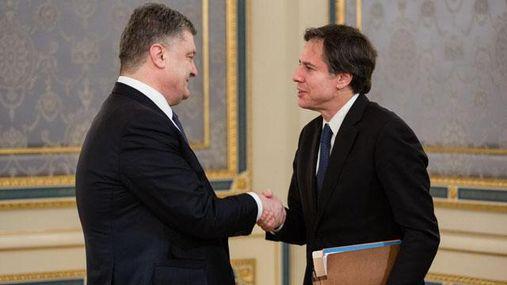 Терористи ігнорують домовленості щодо звільнення усіх заручників, — Порошенко
