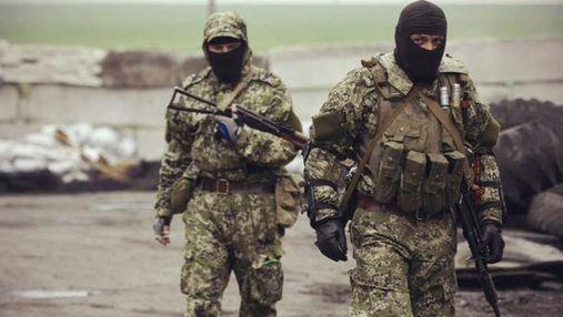 Біля Маріуполя бойовики обстріляли українських військових із важкого озброєння