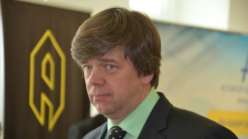 Адвоката Онищенка після 14-годинного допиту відпустили їсти вінегрет