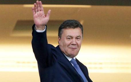 Янукович збираться в Украну, ЂЂЂ адвокат президента-вткача