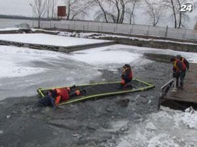 Спасатели провели тренировку на воде