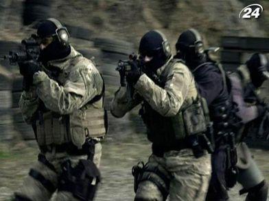 Как выполняют засекреченные боевые операции наемники (Видео)