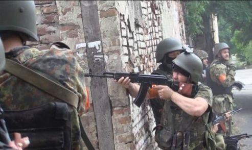 У мережі з'явилось відео бою за Маріуполь