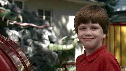 """Фільм дня. """"Проблемна дитина – 2"""" – сімейна комедія про хлопчика, який став загрозою для міста"""