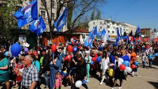 Протести та поклоніння Путіну: як в Криму відзначили 1 травня