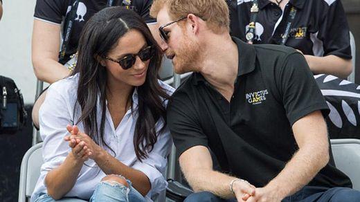 Принц Гаррі та Меган Маркл вперше разом зустрілись із Єлизаветою II, – ЗМІ