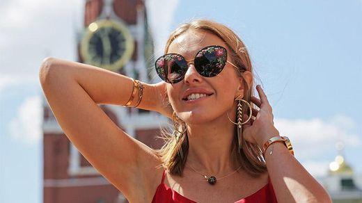 Балотування Собчак висміяли в саркастичній пісні – Вєсті Кремля & Сабліч