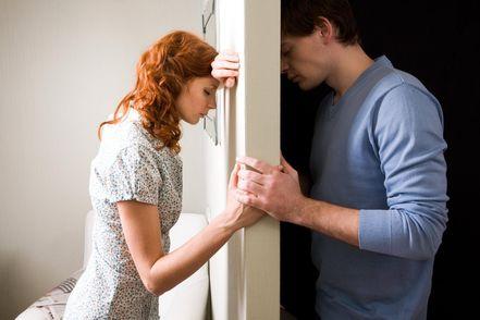 5 негативных чувств, которые способны разрушить ваши отношения