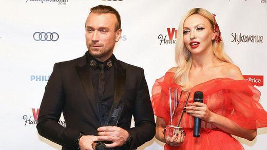 Оля Полякова загубила спідницю під час виступу на сцені: курйозні фото