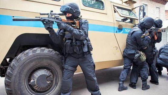 gazeta.ua В Чечні силовик розстріляв колег по службі  є загиблі 87e007f911346